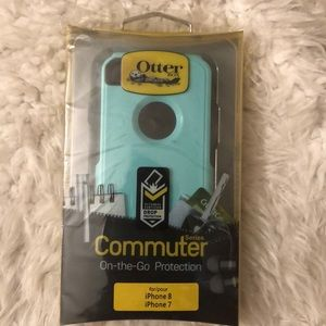 Otter Box Commuter Series IPhone 8 or 7 NWT